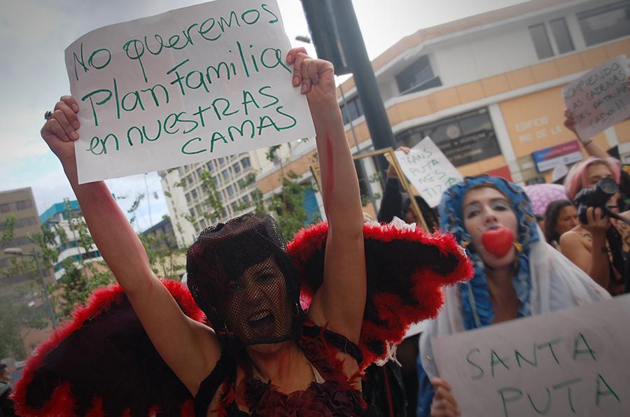 03_marcha_putas_ecuador_2015-2