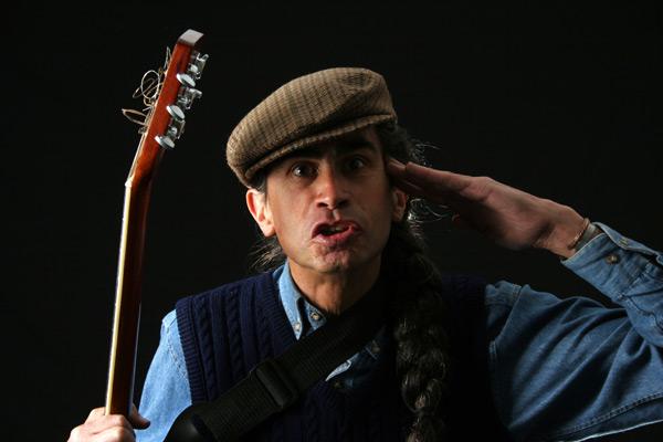 Campaña de solidaridad por Jaime Guevara, cantor de contrabando