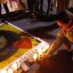 Velas se encienden por mujeres víctimas de violencia