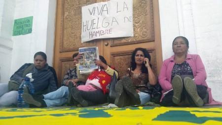 Madres durante huelga de hambre foto: Ecuador Libre Red