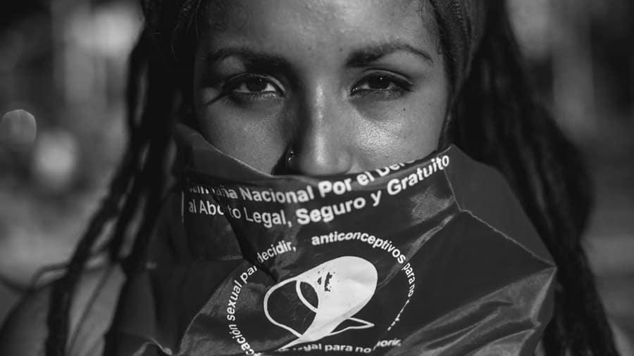 Brasil: 500 mil abortos y ningún derecho