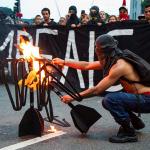 Jóvenes inauguran la 1er protesta en el gobierno de Bolsonaro en Brasil