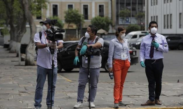 Periodistas fallecidos, contagiados por COVID-19 en Ecuador