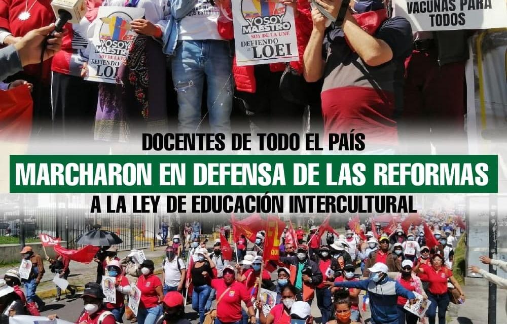 Docentes de todo el país marcharon en defensa de las Reformas a la Ley de Educación Intercultural