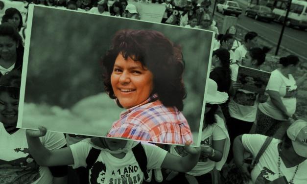 """Olivia Zúñiga Cáceres, hija de Berta Cáceres: """"Fue una mujer que pasó por el mundo haciendo surcos, sembrando su semilla por la justicia"""""""